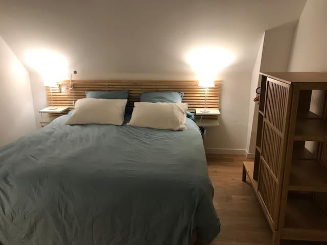 chambre ' lit 180