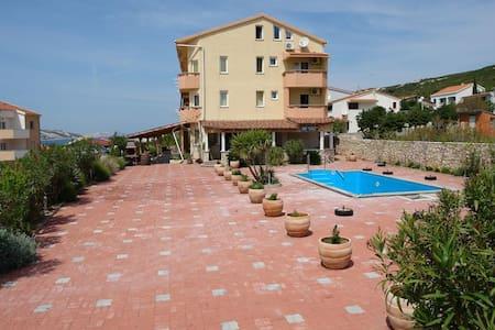 Apartment -swimming pool, Beautiful place, beach - Stara Novalja - Apartment