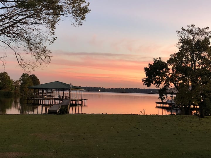 Camp Home with Large Lawn on Cross Lake