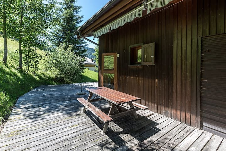Appart 6 pers - 3 chambres - cheminée - Terrasse