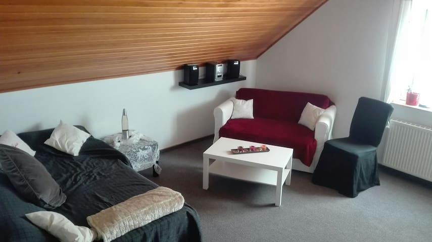 Modernes Doppelzimmer - Großenkneten - Appartement