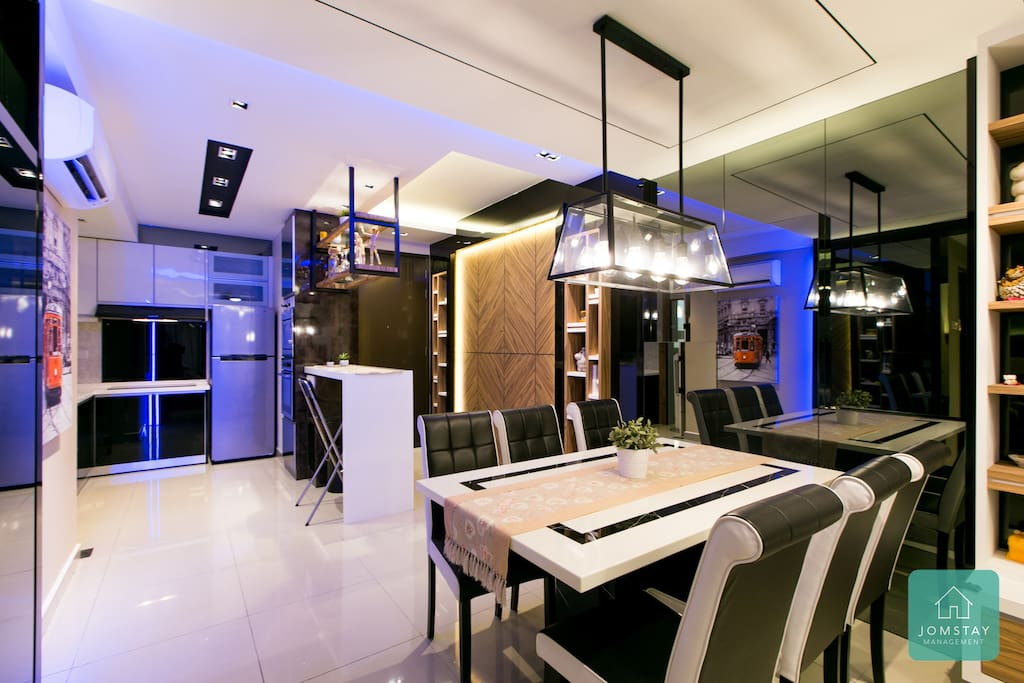 Dining area and Mini Bar