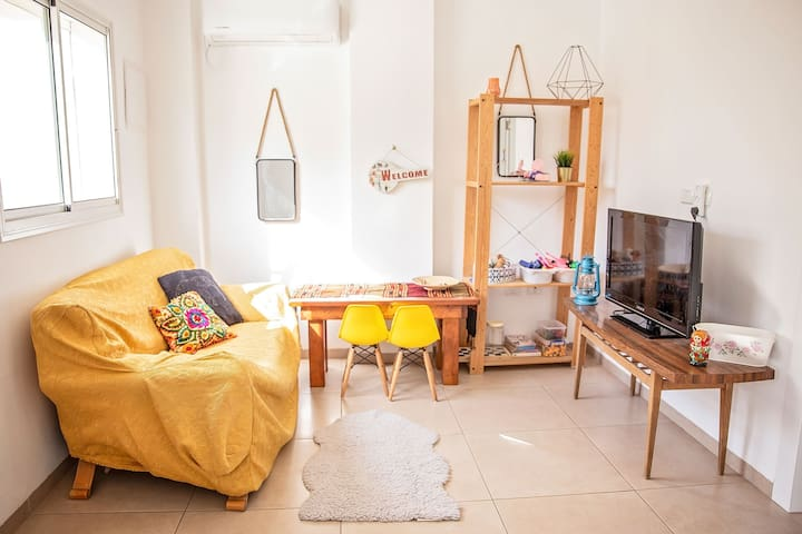 Family Vacation Apt - Just 5mins to The Beach