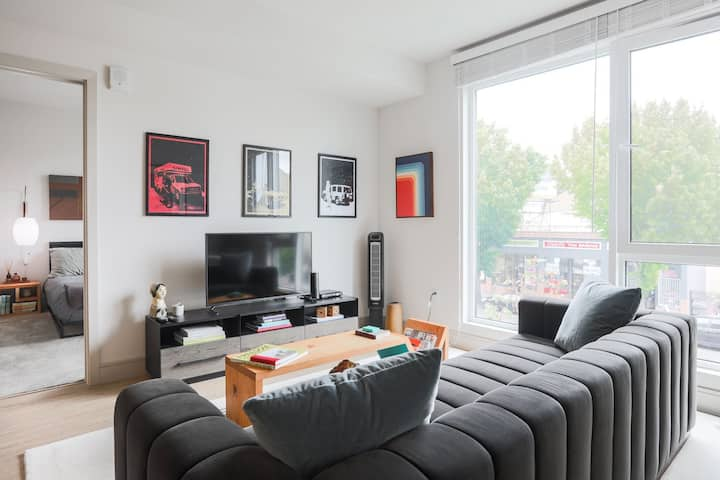 Live + Work + Stay + Easy | 1BR in Oakland