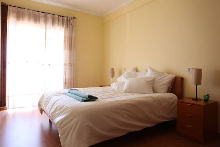 Beautiful Apartment Lisbon - Close to Everything:)