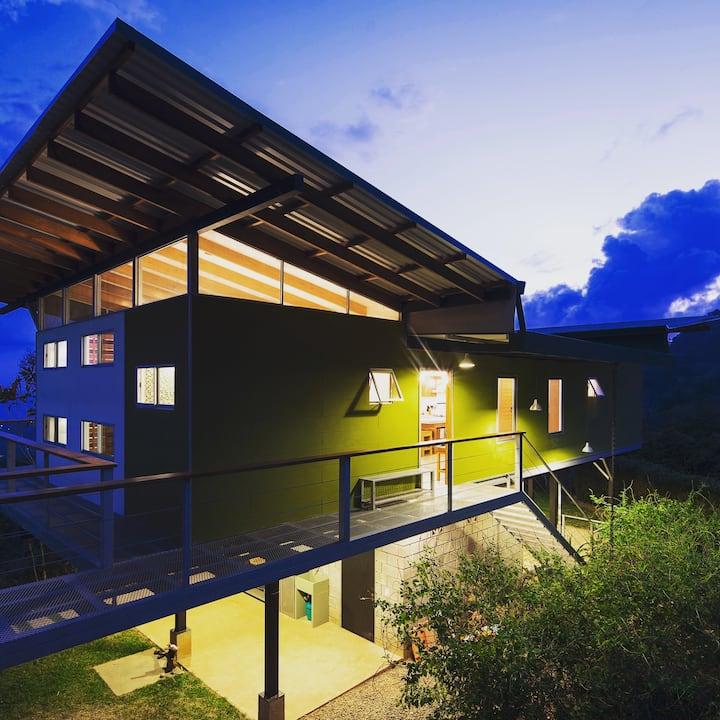 Private-Oceanview Retreat