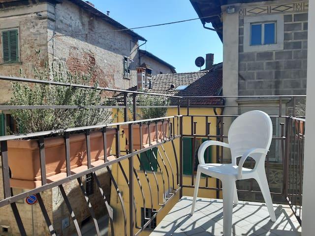 Centro Storico ~ camera familiare con terrazzo