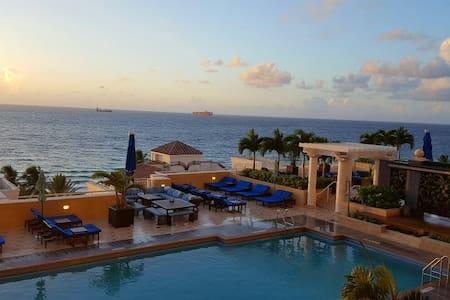 Marriott Beachfront, 2-bedroom full suite - Fort Lauderdale - Lägenhet