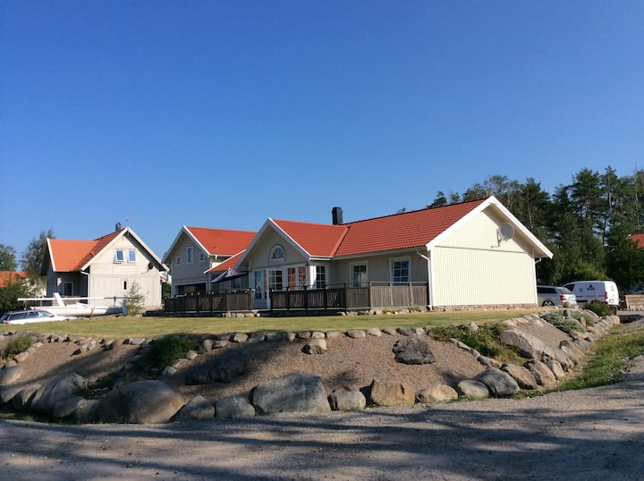 Grebbestad -Close to nature/sea and center