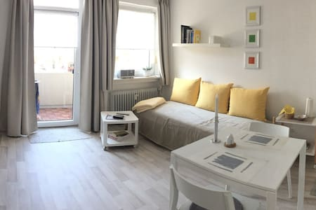Neu renoviertes, modernes Apartment in Oberhaching - Oberhaching - 公寓