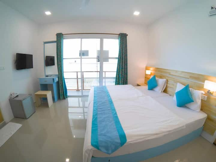DLX Room with Ocean View Balcony & 30% OFF