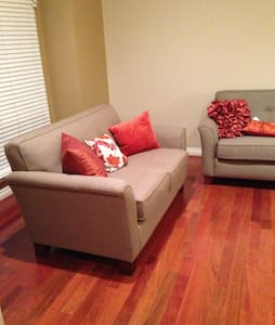 An amazing 2 bedroom condo - Commerce Charter Township