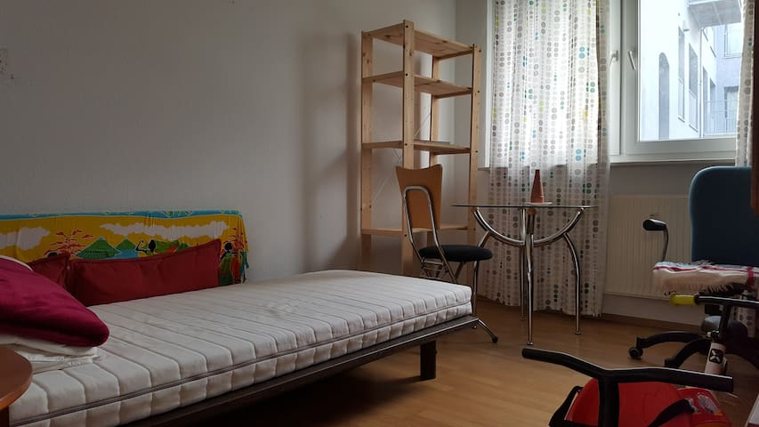 Nice Apartment next to Volkspark  - Berlin - Flat