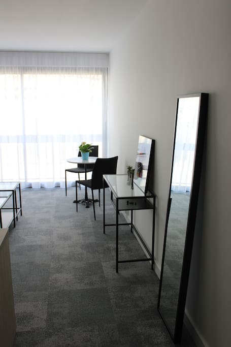 Bel appartement ensoleill et neuf centre ville flats for Appartement neuf bordeaux centre ville