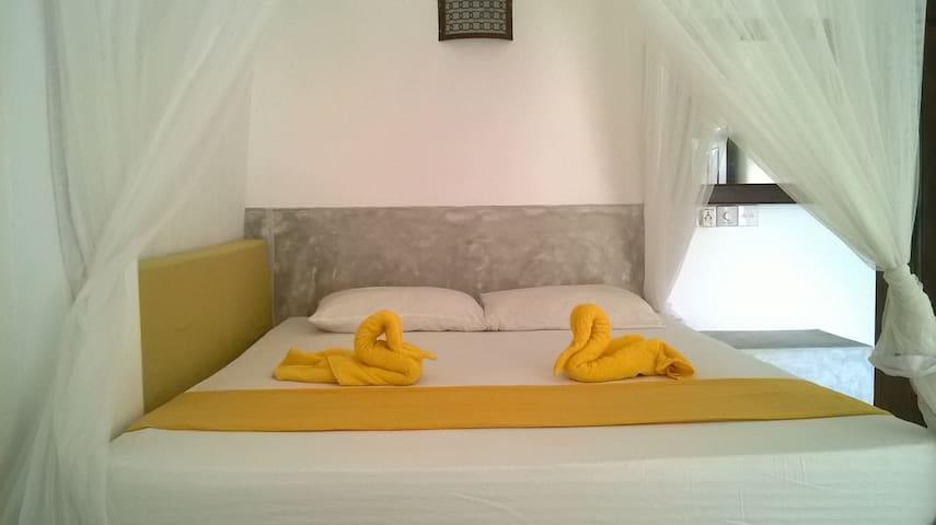 Sleepy Head Guesthouse 2 - Unawatuna - Bed & Breakfast
