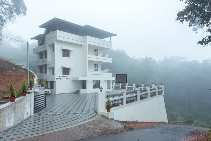 Forest View Rooms - Munnar - Bed & Breakfast