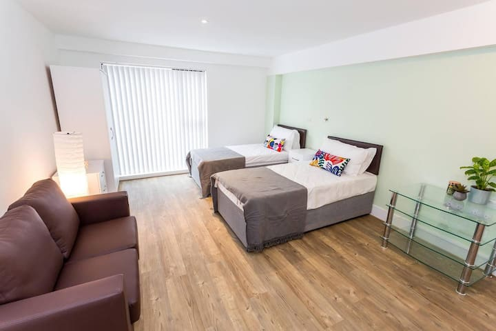 Brand new studio apartment in central Oldham
