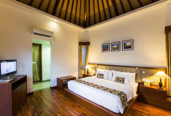 One Bedroom Private Pool Villa In Jimbaran.