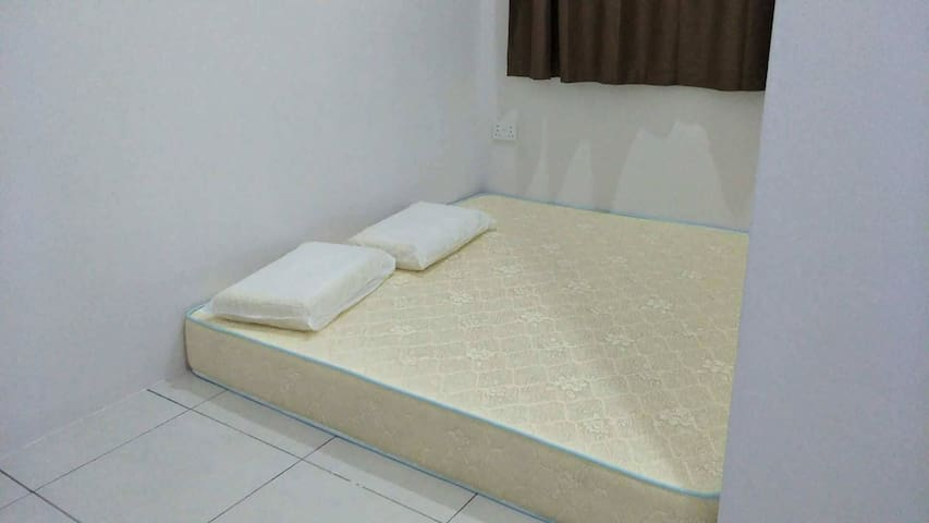 Bed with King Size