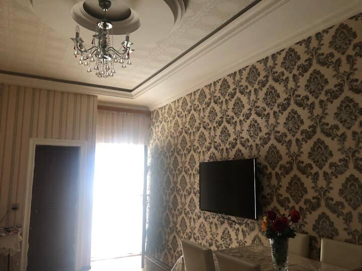 Nice apartment near to İnshaatchılar metro station