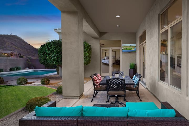 Hidden Hills- This 4 bdrm home is a great getaway located in Scottsdale!