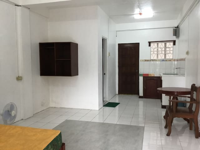 Spacious Apartelle with parking space d2