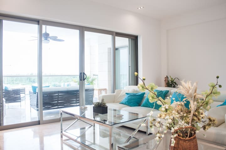 NEW  Luxury  Condo at New Cancun