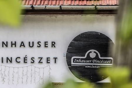 Inhauser Pincészet - Gasztronómia Somlón - Zsófi