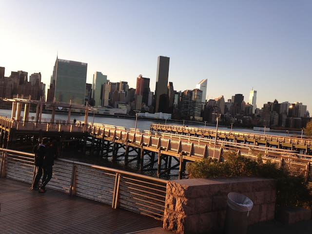 Manhattan skyline Rm