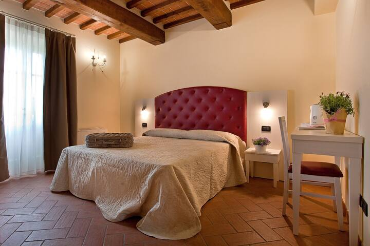 "Tenuta San Giovanni, ""Pompelmo"" flat, Toscana !"