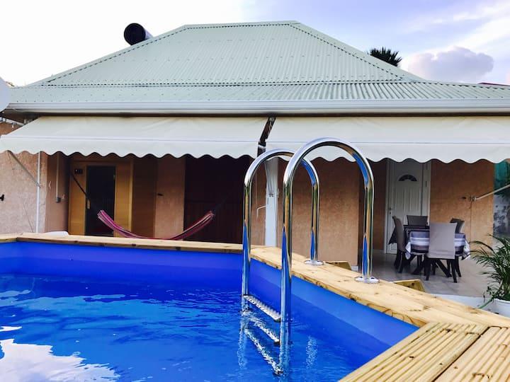 Villa avec piscine jacuzzi et sauna