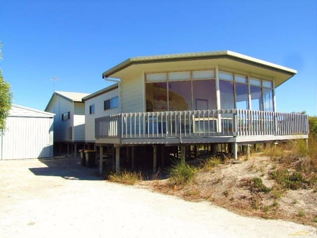 White Sands Holiday Retreat - Island Beach - Hus