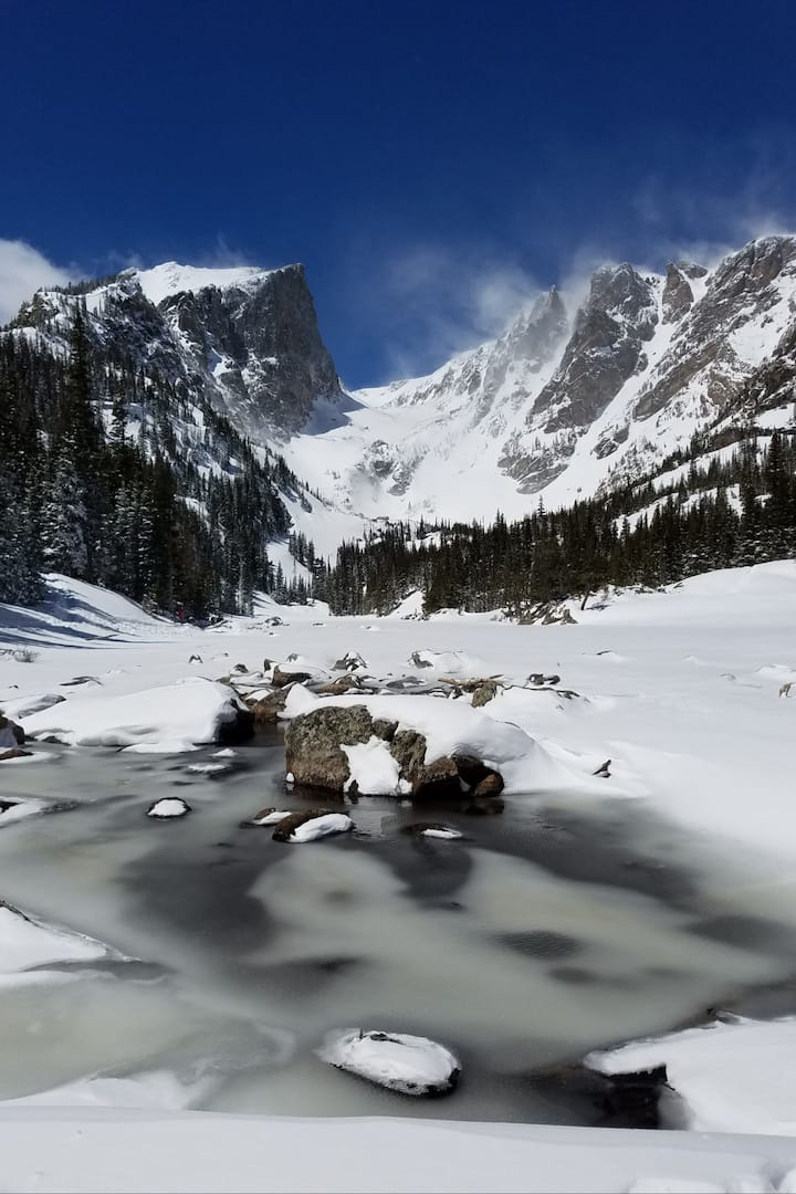 Dream Lake looking dreamy!