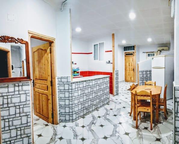 appartement F3 meublè a jijel centre