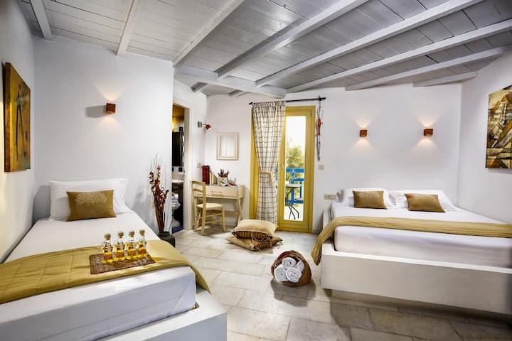 Comfortable Triple Studio with Balcony