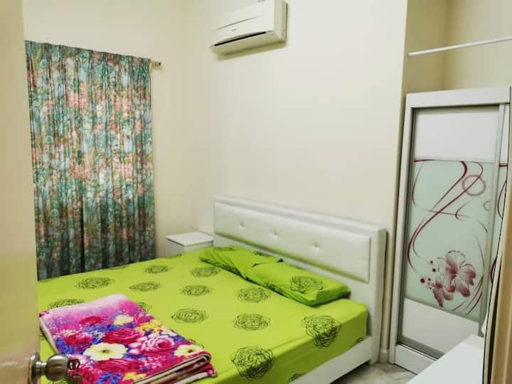 Cozy entire house for rent in quiet neighbourhood