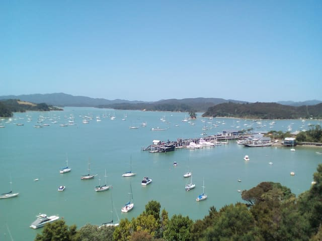 Hannah de Haven - Like Heaven - Opua - Byt