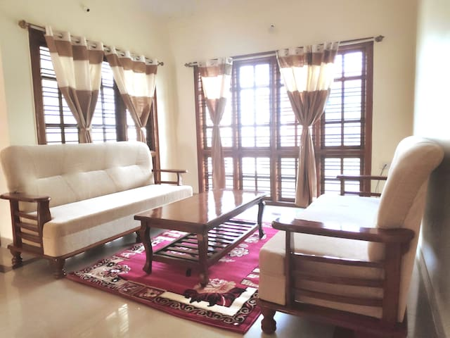 TGC: Spacious 3BHK house in JP Nagar