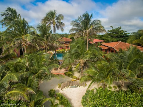 Coco Caye Villa, Beachfront Villa
