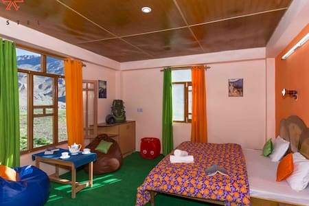 Hostel in Kaza- Private Room - Spiti Valley