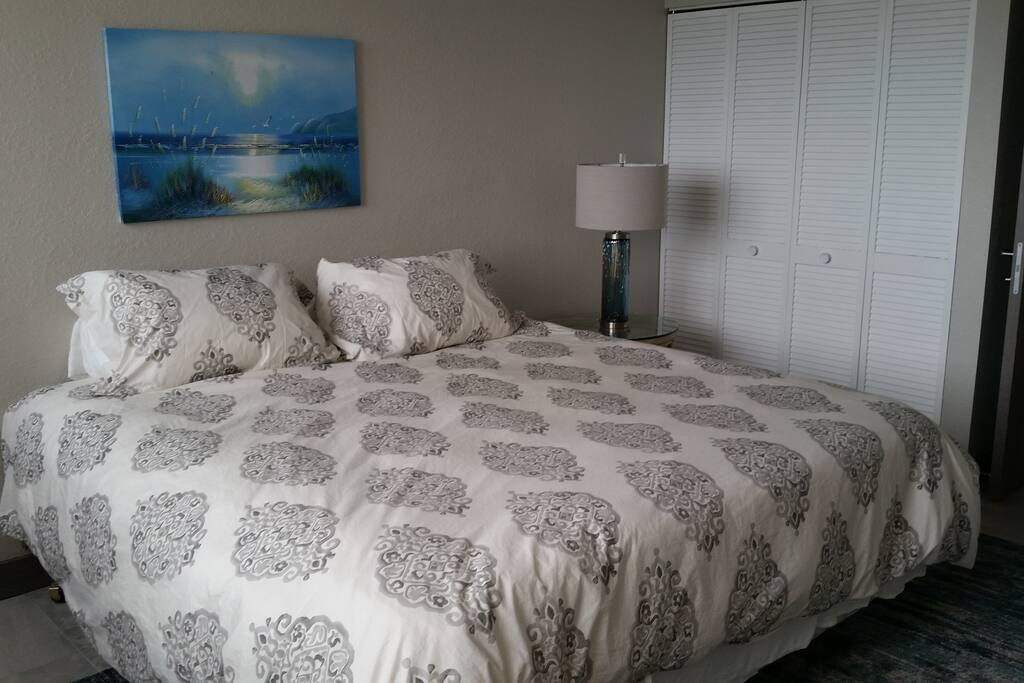 King bed room with new bedding from Pottery Barn
