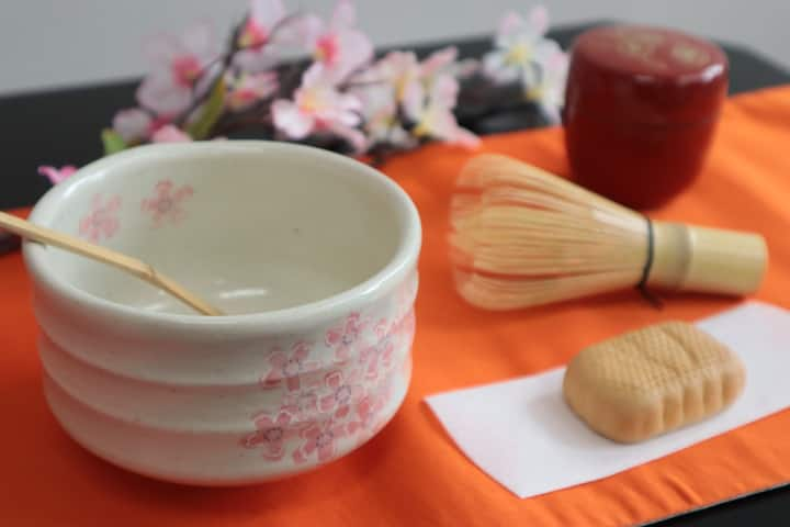 I prepare Japanese tea set for you!