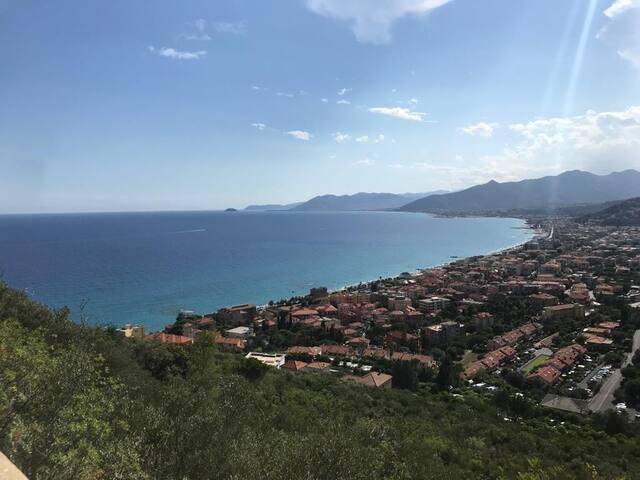 Casa indipendente in Liguria - vista mare