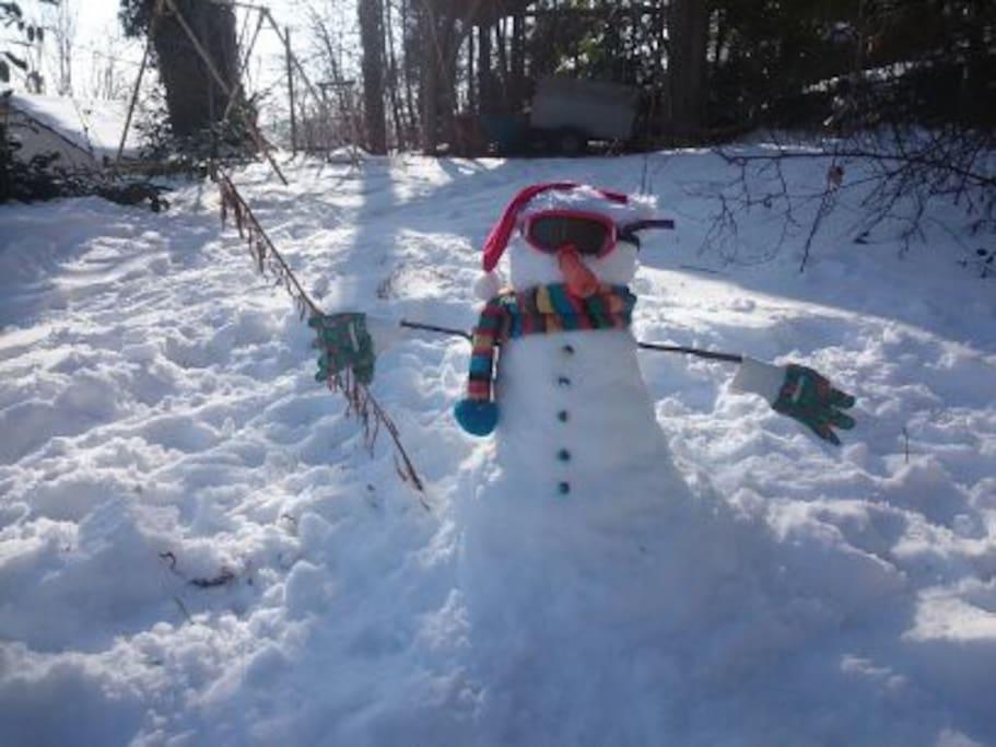 la neige en hiver pour le bonheur des enfants