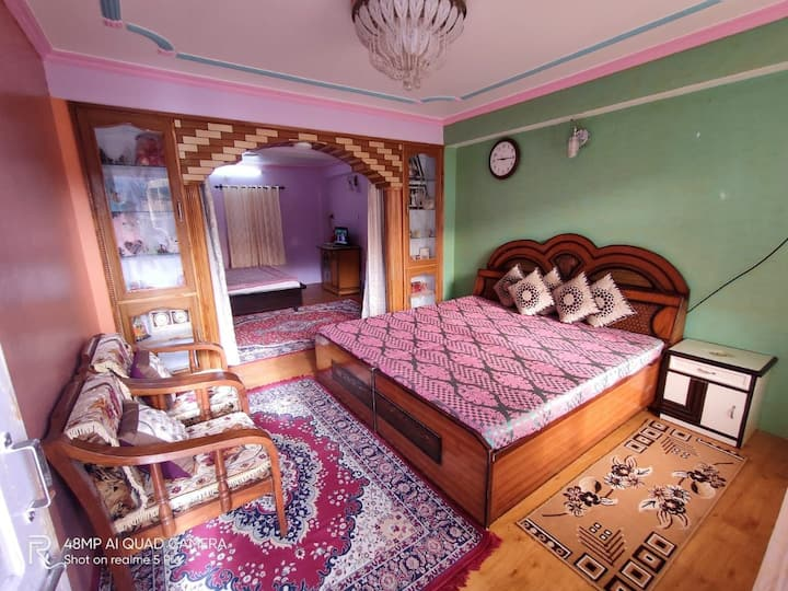 TILLA Homestay double room family suite