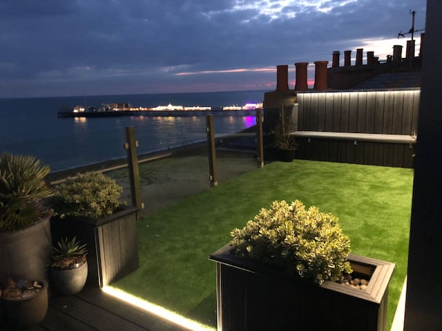 The new roof terrace now features a stunning roof garden with mood lighting to enhance your stay and add to the majesty of your experience.