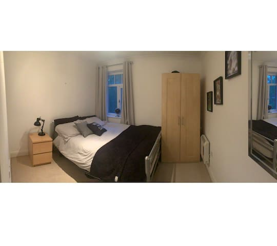 Cosy Room Moseley 5min walk from Village shops