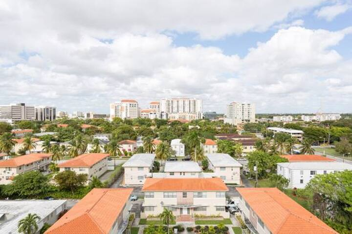 Great Location in Miami/ Fully Furnished 1/1 - Coral Gables - Apartament