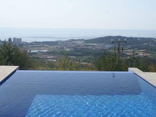 Nieuwe vakantievilla met geweldig uitzicht!