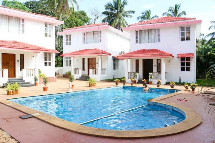 Luxury 2 BHK Pool View Villa near Vagator Beach